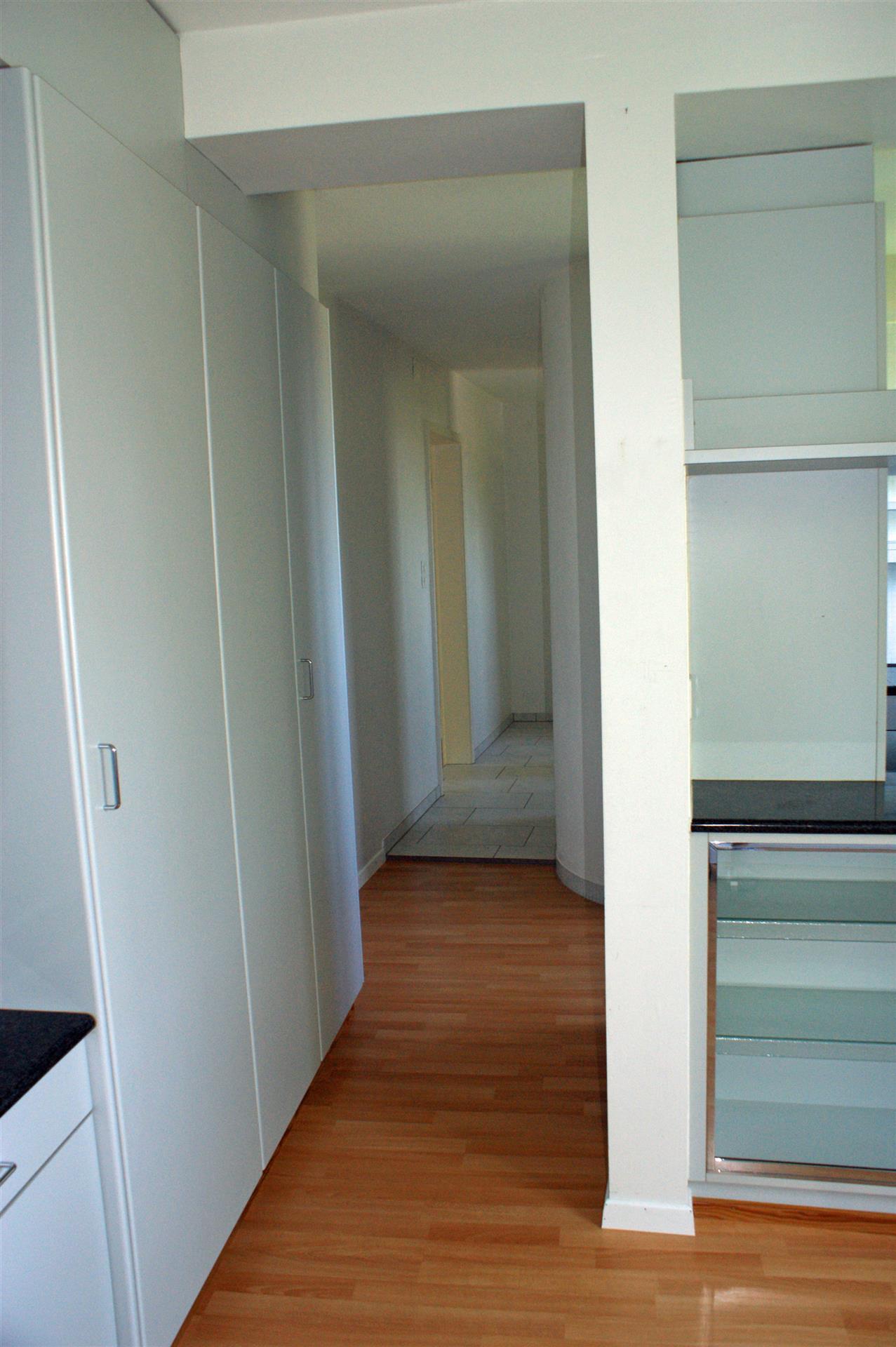 2 5 zimmer garten wohnung eg links. Black Bedroom Furniture Sets. Home Design Ideas